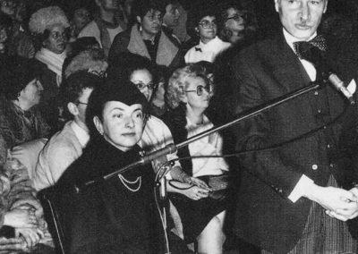 """Vorbind la deschiderea """"Paradei modei"""" din 1987 la Teatrul National Buc"""